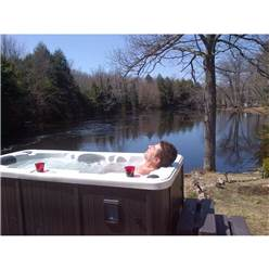 Yukon Plug and Play - 2 Person Hot Tub - 2.13m x 1.00m - Free Delivery and Install + Chemical Kit worth £120
